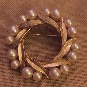 Vintage Trifari Wreath Pin Faux Pearls